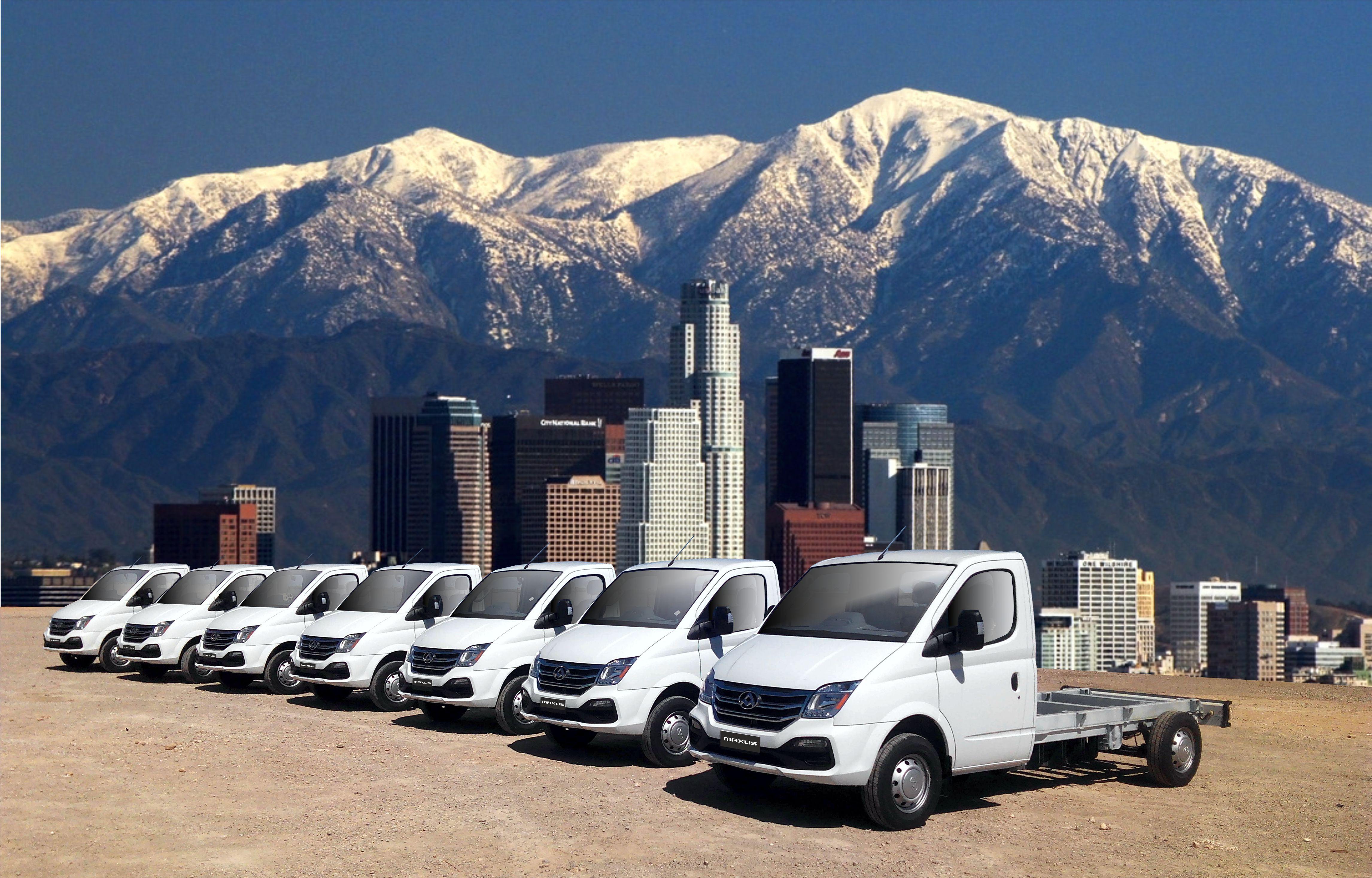 flota de camiones eléctricos incompletos