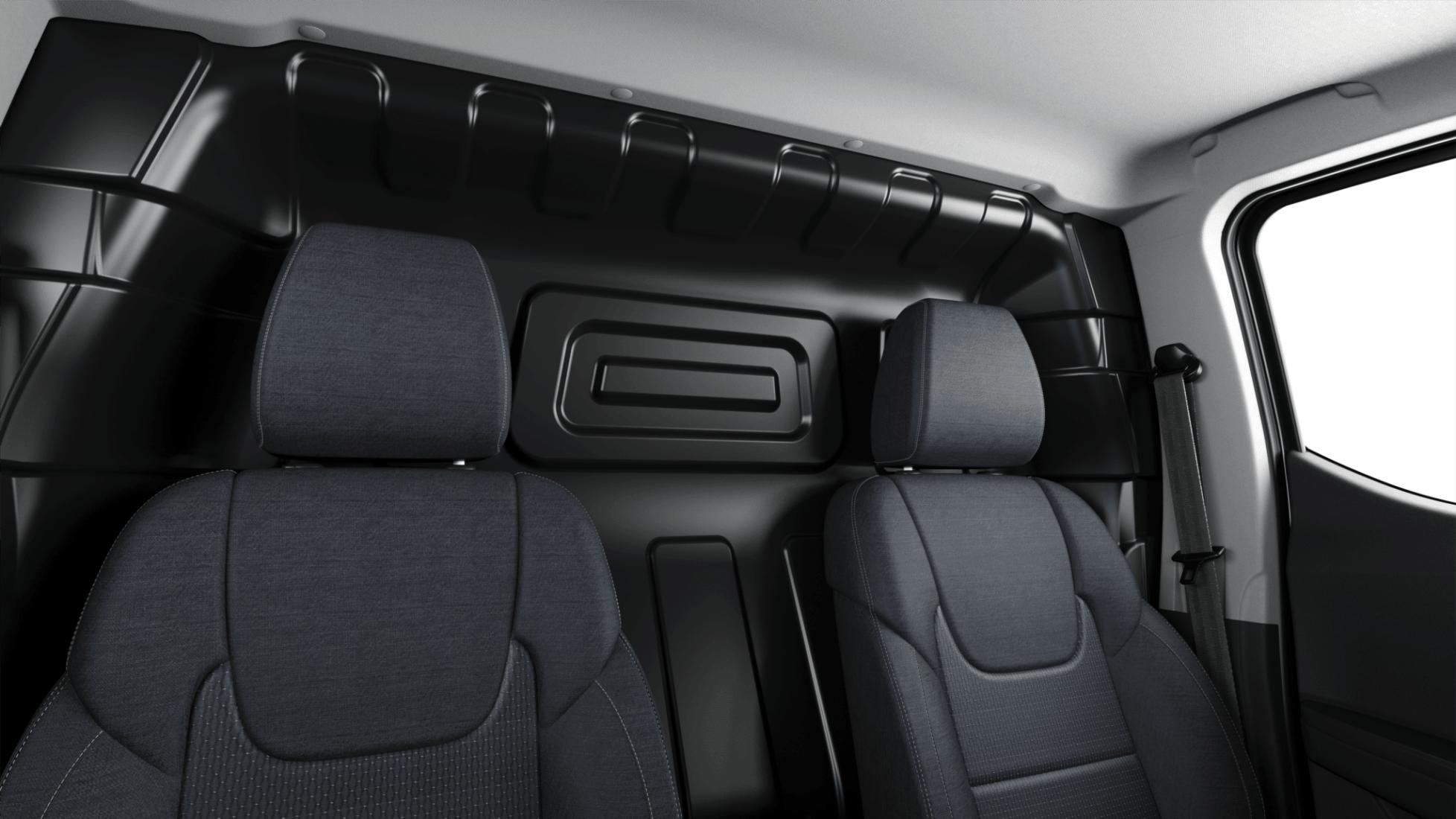 interior MAXUS e-Deliver 3