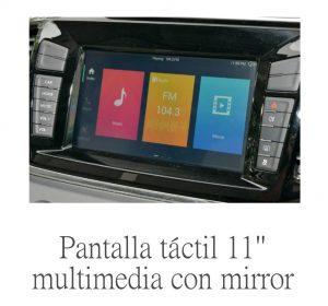 pantalla con android y carplay en una furgoneta eléctrica maxus ev80